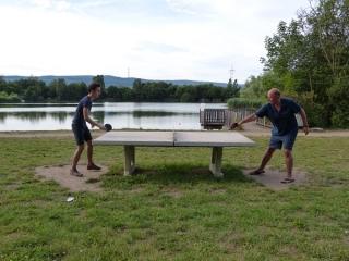 Tischtennis Mathias und Bernhard